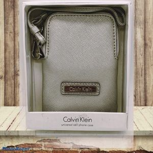 Calvin Klein Vintage Small CCard Wristlet